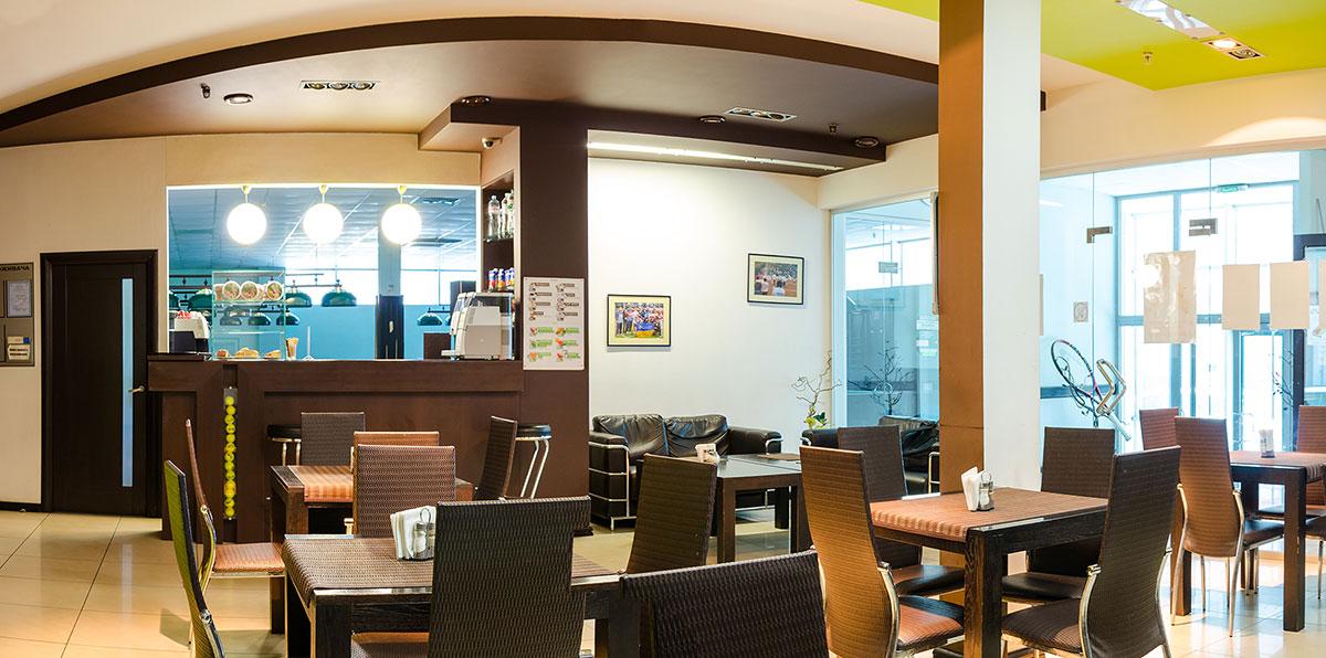 Кафе в Харькове клуб Спорт и корт